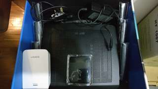 Linksys EA9500 router + RE7000 WIFI extender