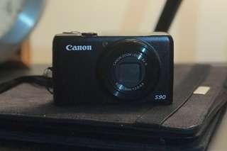 🚚 Canon PowerShot S90