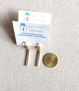Dangling Earrings (design 2)