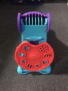 Playdoh machine kit