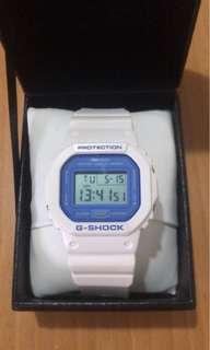 Casio G-Shock DW-5600 white blue 白藍