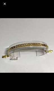 20K/850 Yellow Gold {Women's Jewelry - Diamond Bracelet} Beautiful & Gorgeous 20K/850 Yellow Gold Come With 15 Pieces Very Good Polished Genuine Diamonds Bracelet