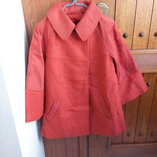 女庄時款外套