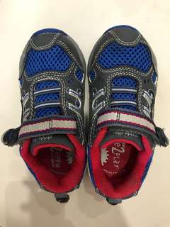 Stride Rite Boys Shoes, like new! Size 23.5