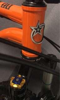 Orange P7 27.5
