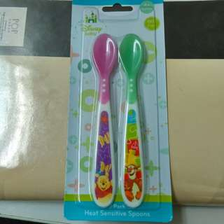 Heat sensitive spoon for baby (+4m)