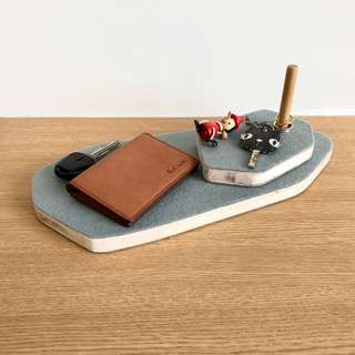 Wallet, keys, rings and watch holders