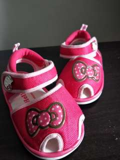 Used Hello Kitty Shoes size 14.5