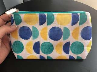 Clinique Cosmetic Bag/ Pouch