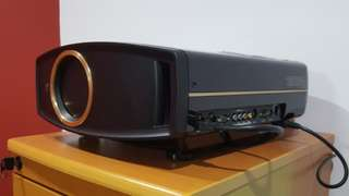 JVC DLA-RS20 Home theatre projector