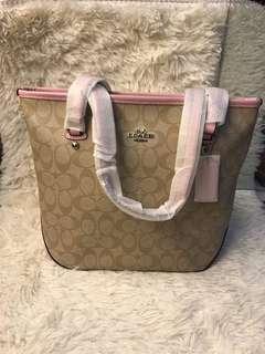 MRS Tote Bag zipper In Signature Coach F58294