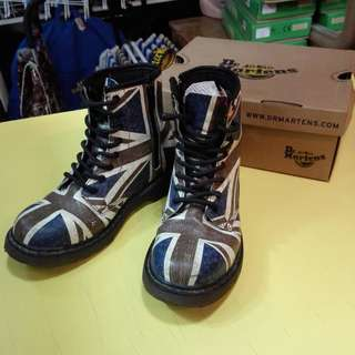 Dr Martens Delaney Union Jack Children's Boots