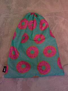 Typo donut drawstring bag
