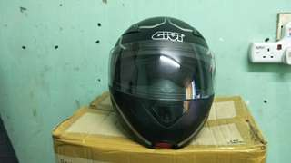 Givi flip up helmet