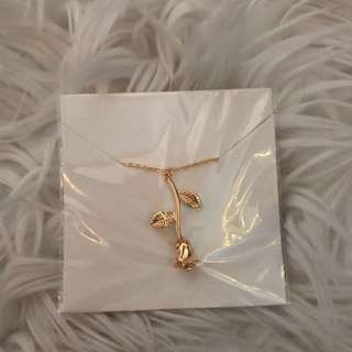 Gold Rose Pendant chain necklace