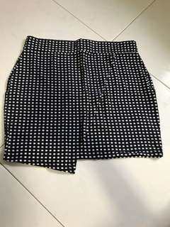 Checkered bodycon skirt