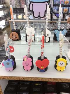 BT21 monopoly pen stand