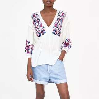 Summer new style wind multicolor flower heavy embroidery V collar sleeves lantern sleeves loose shirt