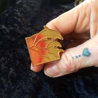 1 X Brass Dolphin Ring