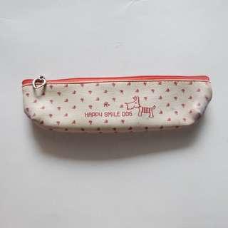 kotak pensil anak anjing putih merah polkadot stationary