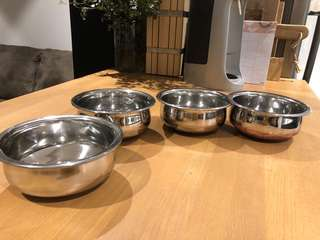 4x small silver bowls