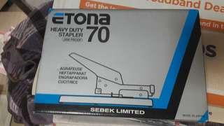 Etona heavy duty stapler