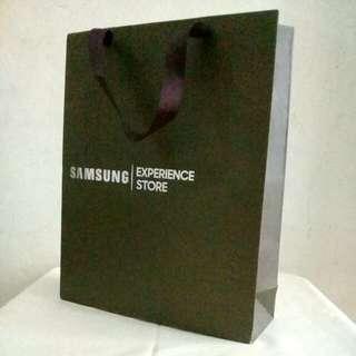 Samsung Store Paperbag