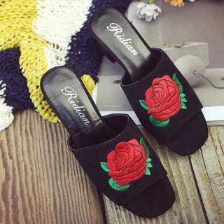 Ulzzang Embroidered Rose Heels