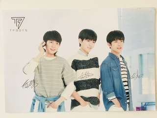Tfboys posters with printed autographs (limited amount!)
