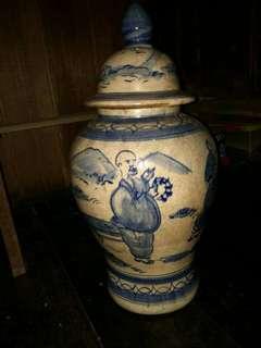 Jual guci antik buatan china berusia 130 tahun