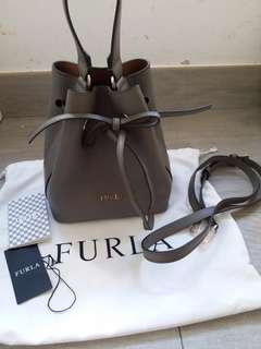 Furla Bucket bag mini size 水桶袋 荔枝皮