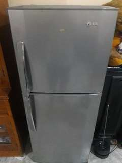 REPRICED!!! SUPER SALE!!! 💯Slightly Used LG 2 Doors Non Frost Refrigerator✔️👍🏻