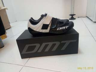 DMT R4 Cycling shoes