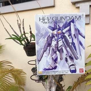 """MG 1/100 RX-93-2 Hi-Nu Gundam Ver.Ka """"Char's Counterattack"""" Model Kit"""