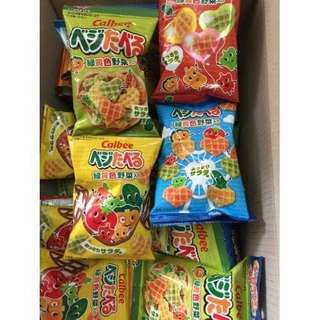 🚚 日本 Calbee 四連蔬菜餅 卡樂比 超大4連心型蔬菜餅乾