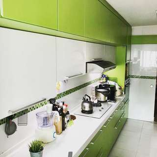 Renovated, Corner Unit at Bukit Batok For Sale!!