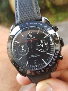 Omega Speedmaster   Dark side of Moon