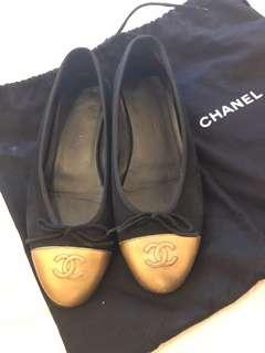 Chanel Ballerina Flats Black-Gold size 37.5