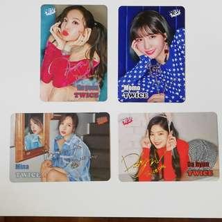 Twice 金簽(Da hyun)$5@1 銀簽(Na yeon, Momo, Mina) $5@1 小卡買賣