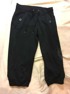Adidas 鬆緊帶七分褲