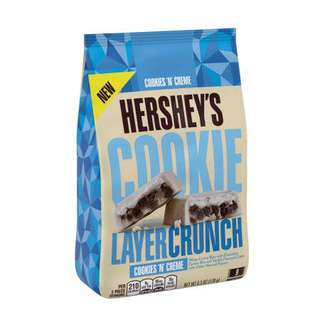 *NEW* HERSHEYS COOKIE LAYER CRUNCH Cookies n Creme Bar, 6.3 Ounces