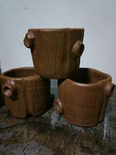 Clay pots (painted)
