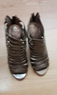 Authentic Aldo shoes
