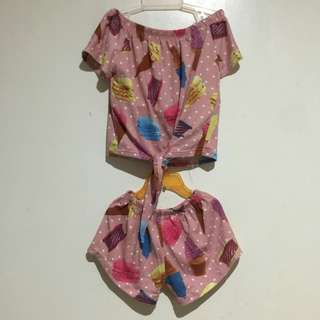 Terno for kids.  Can fit up to 3-4yrs old.