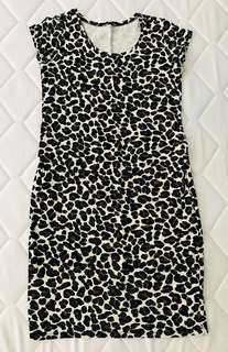 H&M Mama Leopard Dress