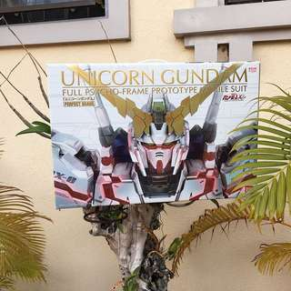 PG RX-0 Unicorn Gundam Model Kit