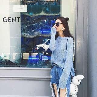 Blue Hollow Knitted Wear/Sweater
