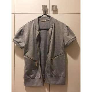 Short-Sleeved Jacket in Grey