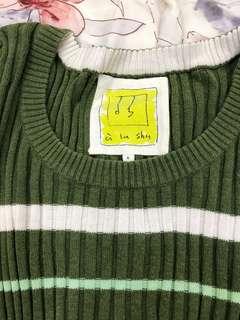 🚚 少穿-a la sha針織貼身顯瘦上衣格子綠