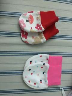 Mittens for baby